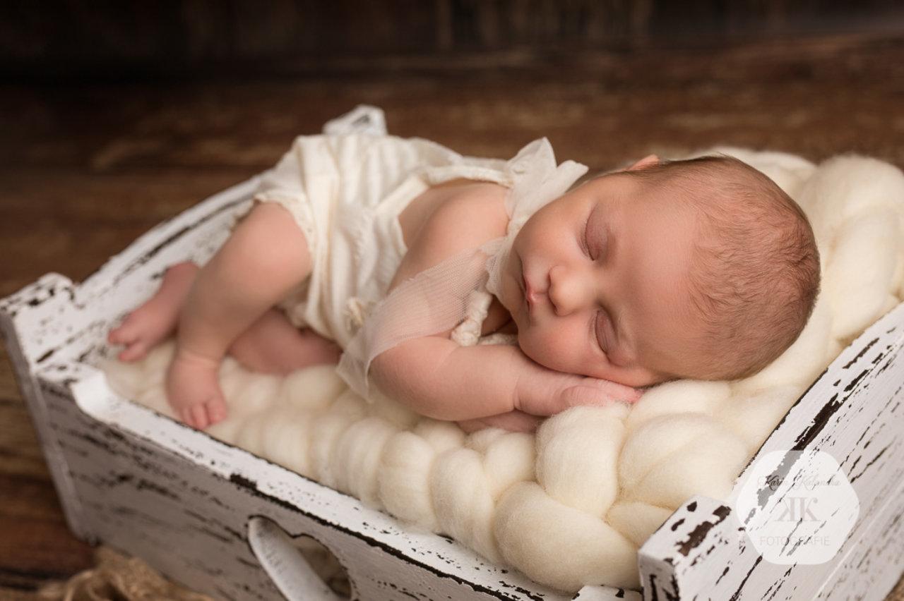 Zauberhaftes Neugeborenenfotoshooting #7
