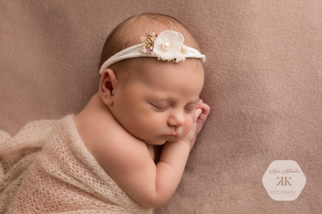 Zauberhaftes Neugeborenenfotoshooting #9