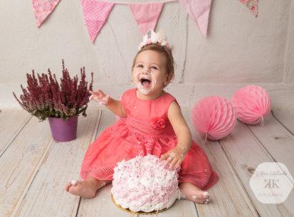 1.Geburtstagsfotoshooting mit Tortenschlacht