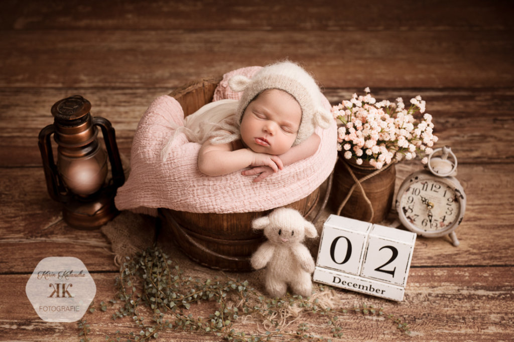 Neugeborenenfotoshooting mit Flora #1